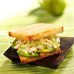 photographie-culinaire-sandwich-crabe-avocat-pomme
