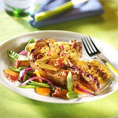 studio-photo-culinaire-cotes-de-porc-aux-petits-lardons-et-a-la-moutarde
